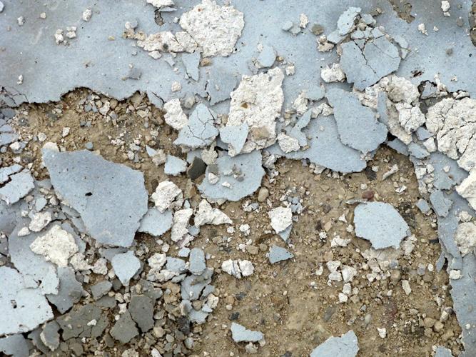 Danno da gelo del ripristino di superfice di piazzale con rasatura polimerica impermeabile2